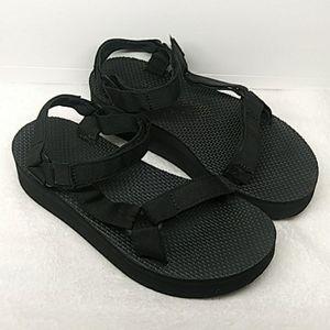 🐞🐞 Teva Sandals 🐞🐞